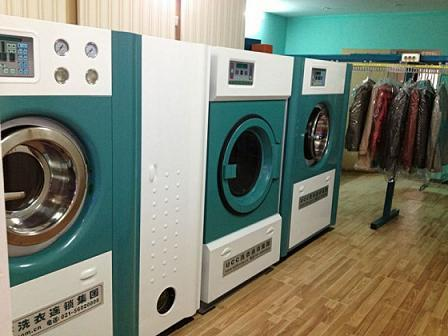 一个洗衣店需要什么设备多少钱